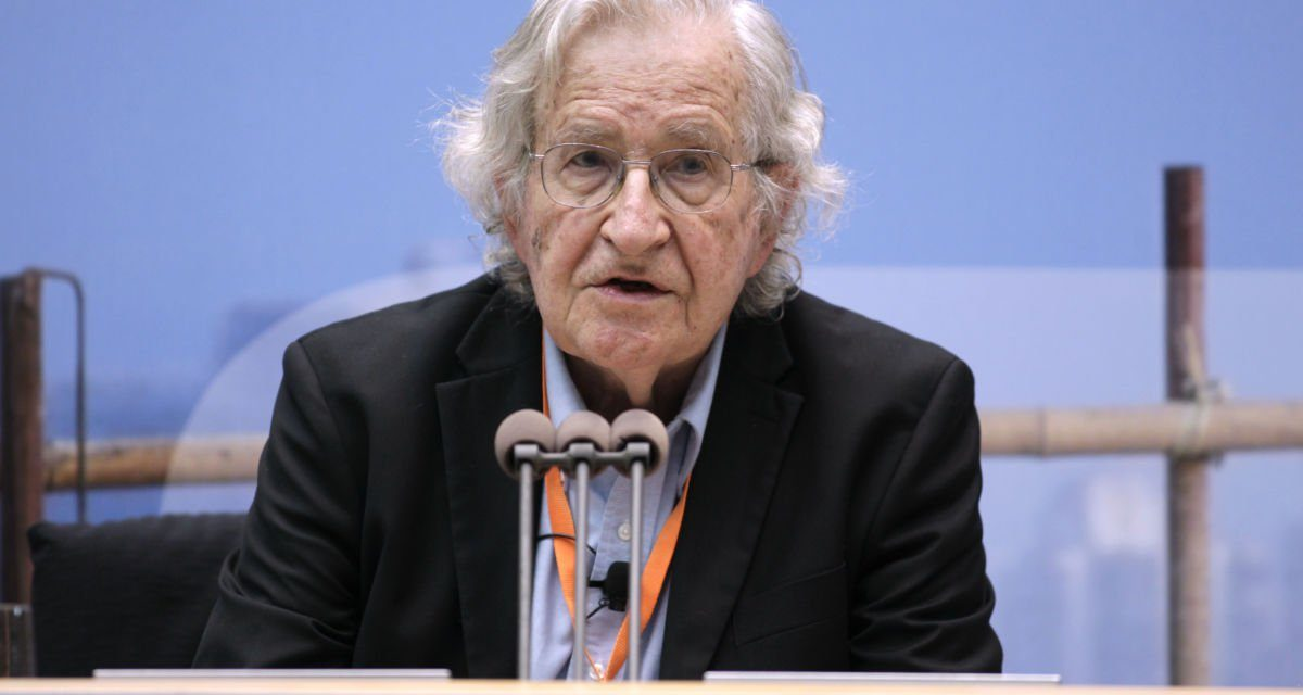 Noam Chomsky: Trump Is Consolidating Far-Right Power Globally